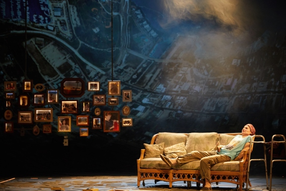 Ugly Lies the Bone at the National Theatre. Kate Fleetwood (Jess) Photo by Mark Douet _D4A1184
