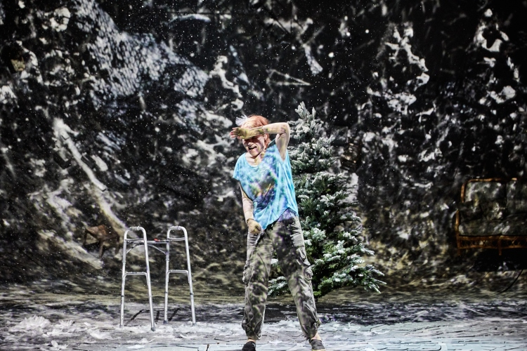 Ugly Lies the Bone at the National Theatre. Kate Fleetwood (Jess).Photo by Mark Douet _D4A1319